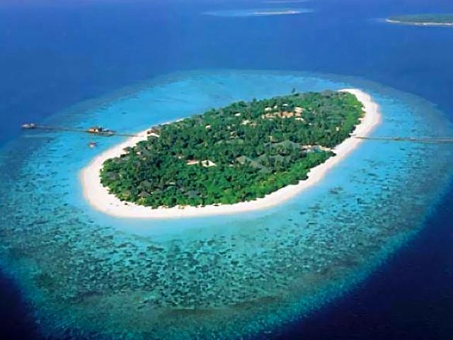 Меняем квартиру на собственный остров