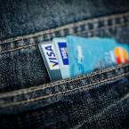 Карты, деньги, два рубля: Чем платить за границей