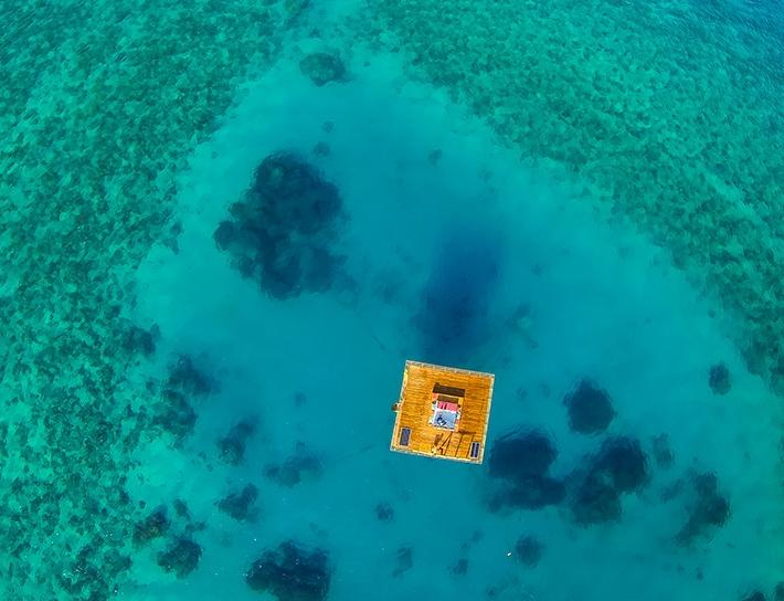 Ниже уровня моря: Подводный отель в Танзании