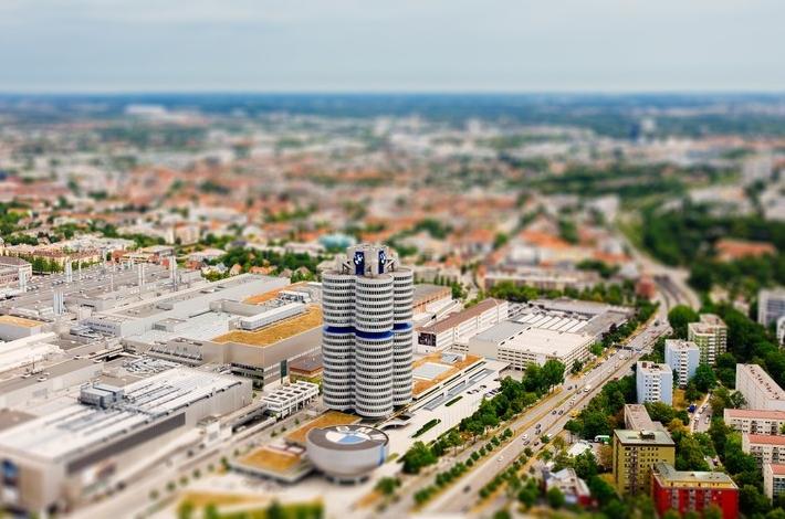 Фото как игрушечное: Мюнхен с эффектом Tilt-Shift