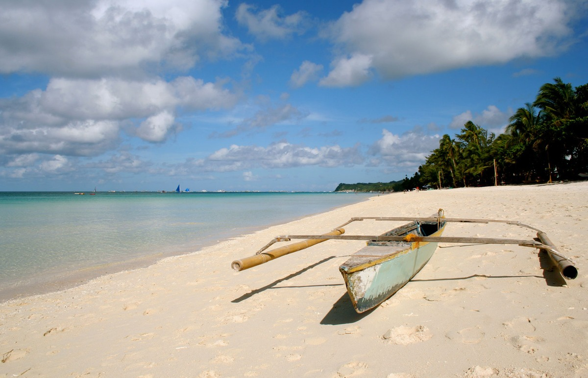 Лучшие пляжи 2015: White Beach – 7 место