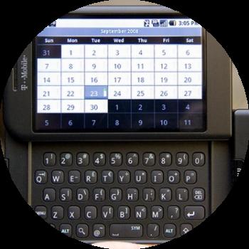 Четвертый факт. Android смартфон первого поколения был без виртуальной клавиатуры