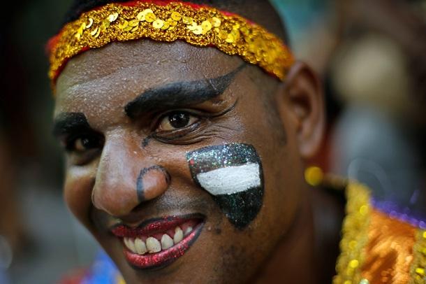 Рио отмечает 14 февраля открытием грандиозного бразильского карнавала