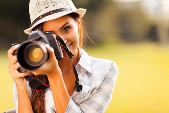 Высокооплачиваемые женские профессии - дизайнер интерьера, художник и фотограф.