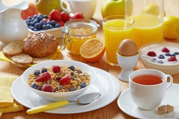 Здоровый завтрак, который придаст вам энергии